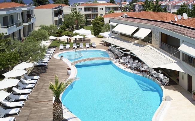 Отель Renaissance Hanioti Resort & Spa
