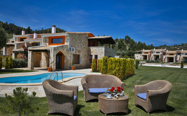 Отель Nefeli Villas & Suites