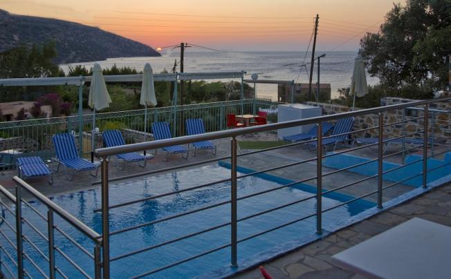 Отель Creta Star Apartments
