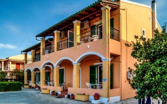 Отель Stavros Apartments