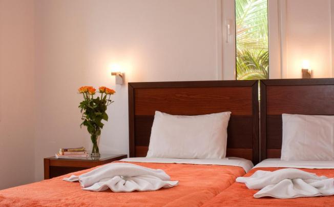 Отель Nontas Suites (ex. Dreamland Hotel Apartments)