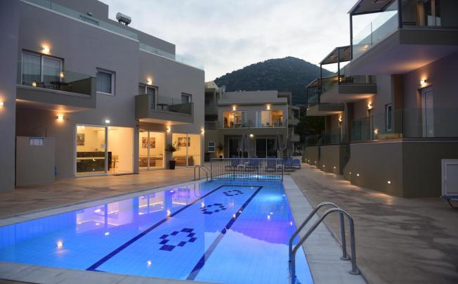Blue Horizon Apartments