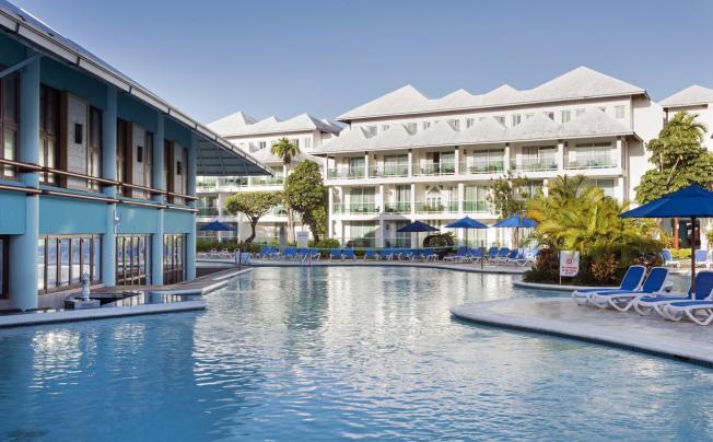 Amhsa Marina Grand Paradise Playa Dorada