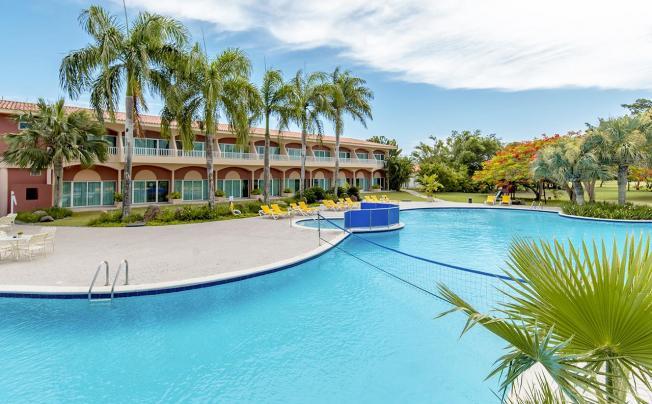 Отель Hodelpa Garden Suites (ex. Embassy Suites By Hilton Los Marlins Hotel & Golf Resort)