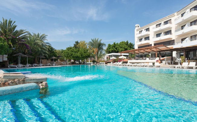 Paphos Gardens Holiday Resort & Apartments