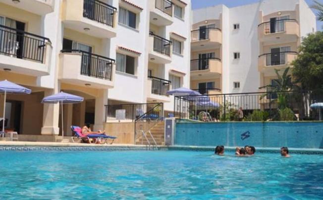 Mariela Aparthotel