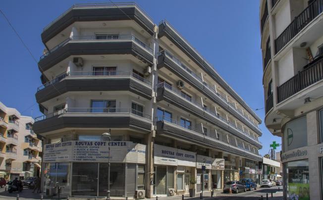 Blazer Residence Apartments (ex. Petrou Bros Aparthotel)