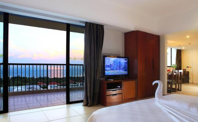 J Hotel (natural Hot Spring)