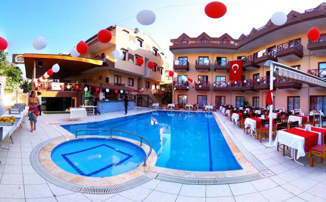 Himeros Beach Hotel (ex. Club Beach Park; Park Hotel)