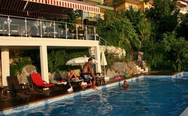 Отель Bella Vista Suite Hotel