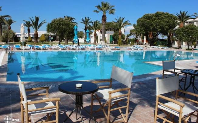A 11 Hotel Cesme (ex. Miplaya By Prestij; Miplaya Otel By Corendon)