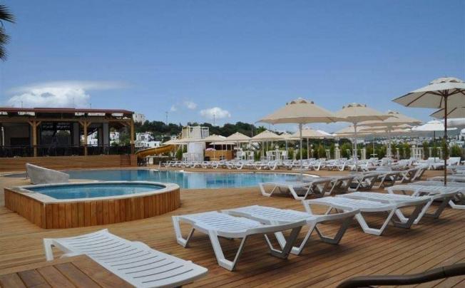 Отель Blue Green Hotel (ex. Poseidon Suites; Club Anka)