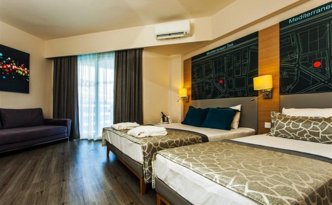 Отель Avena Resort & Spa Hotel (ex. Gold Safran)