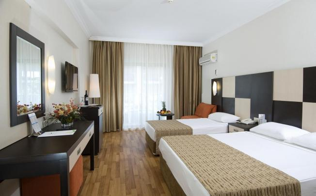 Отель Aydinbey Famous Resort