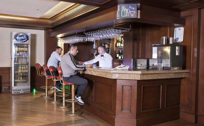 Отель Baron Hotel