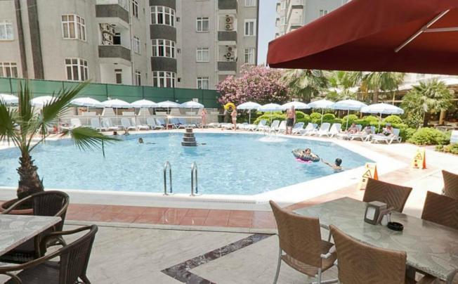 Carmen Suite Apart Hotel