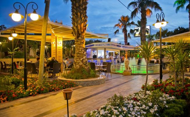 Отель Beach Club Doganay