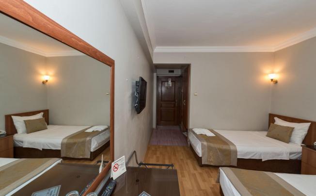 Отель Beyaz Kugu Hotel Laleli