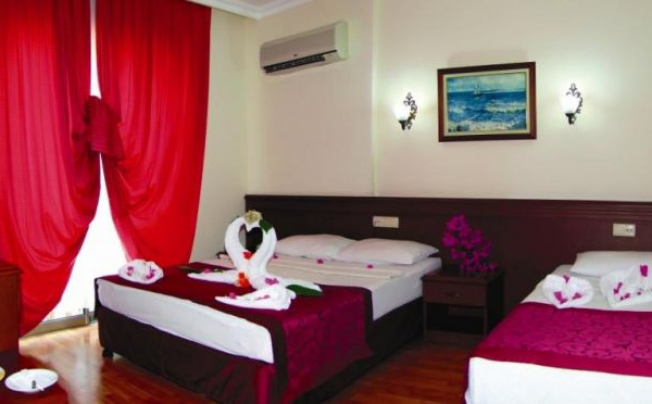 Отель Astoria Hotel & Spa