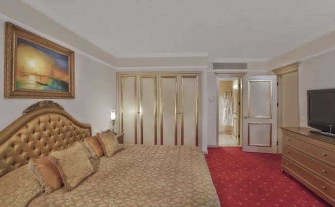 Отель Asteria Kremlin Palace Hotel (ex. Pgs Kremlin Palace; Wow Kremlin Palace Hotel)