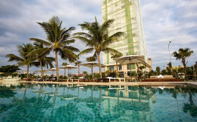 Отель Fusion Suites Danang Beach