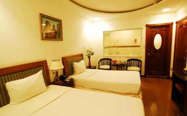Ambassador Saigon Hotel (ex. Family Inn Saigon)