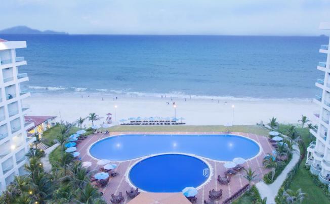 Отель Golden Peak Resort & Spa
