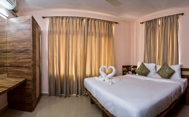 Отель Grace Suites