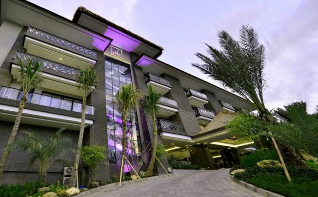 Отель Amaroossa Suite Bali