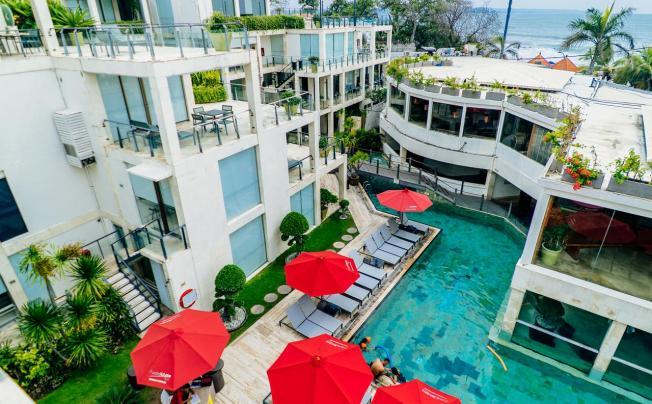 Furamaxclusive Ocean Beach Seminyak Bali (ex. O-ce-n Bali By Outrigger)