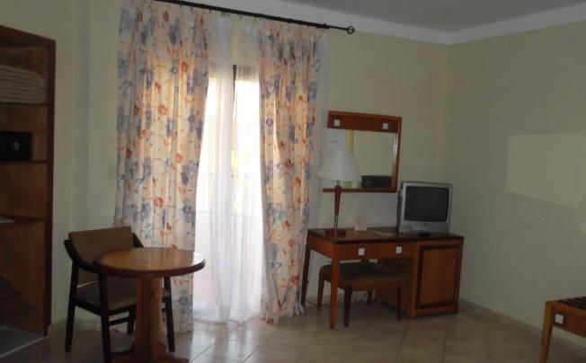 Отель Roc Arenas Doradas