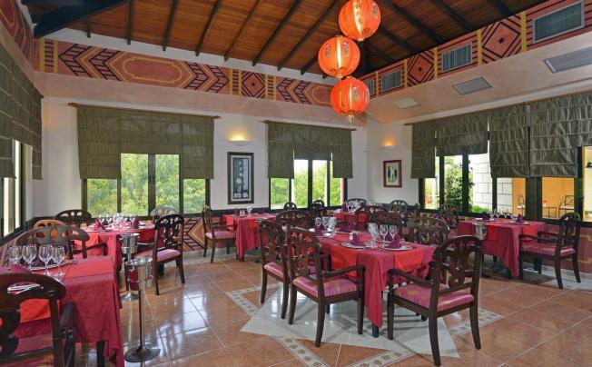 Отель Tryp Cayo  Coco