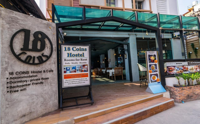 18 Coins Inn Cafe & Hostel Pattaya