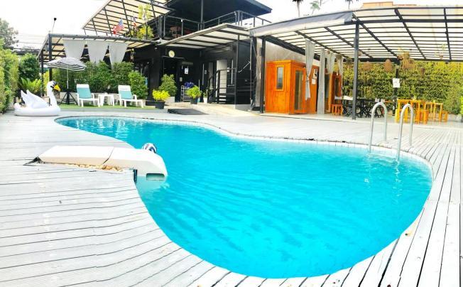 1715 House & Caff Resort