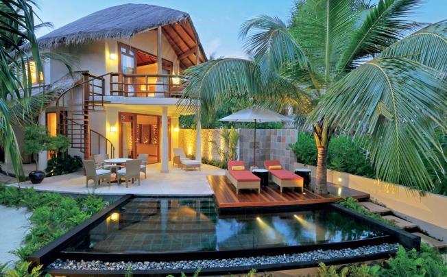 Отель Constance Halaveli Resort Maldives