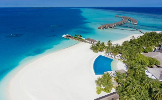 Velassaru Maldives Resort (ex. Laguna Maldives)