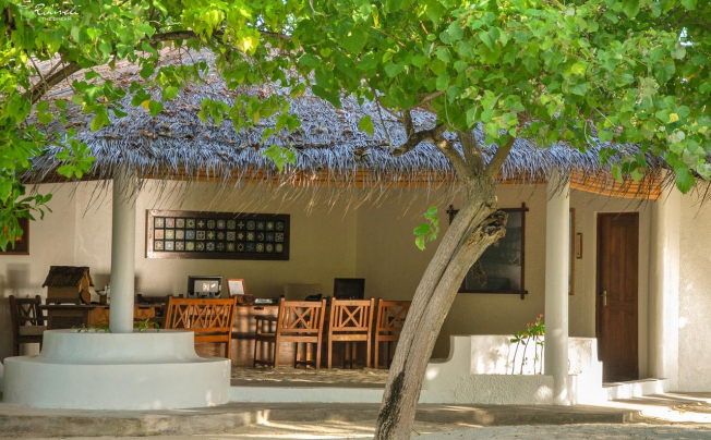 Отель Rihiveli Beach Resort By Castaway Hotels & Escapes