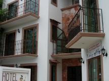 Alux Playa Del Carmen Hotel 2*