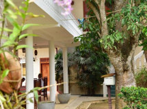 Sea Breeze Guest House 2*
