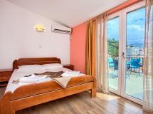 Mazarak Apartments 3*