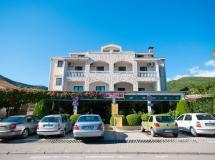 Grbalj Hotel 3*