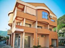 Boreta Apartments 3*