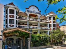 Villa Dvor Kornica 3*