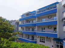 Blue Palace Guest House (ex. Apartments Blue Palace) 3*
