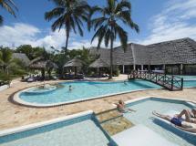 Uroa Bay Beach Resort 5*