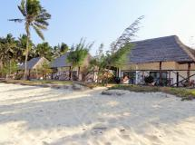 Reef & Beach Resort 3*