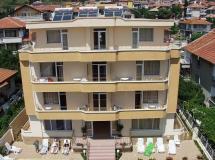 Larisa Hotel 3*