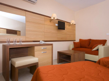 Sea Breeze Hotel 2020