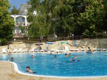 Ahilea Hotel  3*