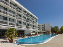 Zefir Beach Hotel 3*